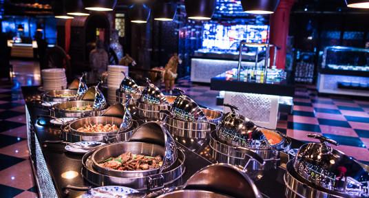 Luxe dinerbuffet 2 uur allin incl. tapbier en wijn**